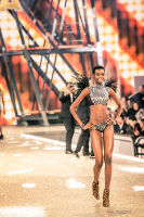 Victoria's Secret Fashion Show Paris 2016: Full Runway and Performances #267