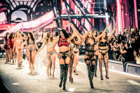 Victoria's Secret Fashion Show Paris 2016: Full Runway and Performances #299