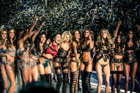 Victoria's Secret Fashion Show Paris 2016: Full Runway and Performances #300