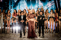 Victoria's Secret Fashion Show Paris 2016: Full Runway and Performances #316