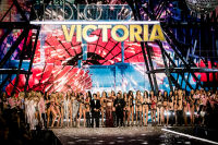 Victoria's Secret Fashion Show Paris 2016: Full Runway and Performances #321