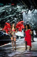 2018 Victoria's Secret Fashion Show #3