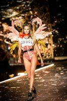 2018 Victoria's Secret Fashion Show #36