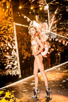 2018 Victoria's Secret Fashion Show #56