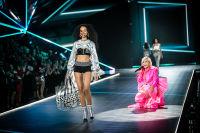 2018 Victoria's Secret Fashion Show #136