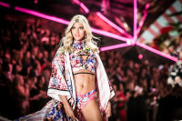 2018 Victoria's Secret Fashion Show #154