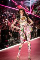 2018 Victoria's Secret Fashion Show #166