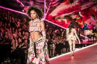 2018 Victoria's Secret Fashion Show #168