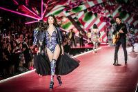 2018 Victoria's Secret Fashion Show #177