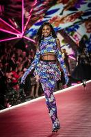 2018 Victoria's Secret Fashion Show #179