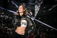 2018 Victoria's Secret Fashion Show #212