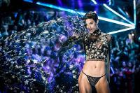 2018 Victoria's Secret Fashion Show #239