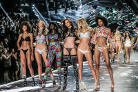 2018 Victoria's Secret Fashion Show #267