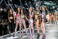 2018 Victoria's Secret Fashion Show #271