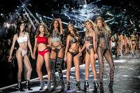 2018 Victoria's Secret Fashion Show #275