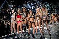 2018 Victoria's Secret Fashion Show #276
