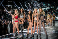 2018 Victoria's Secret Fashion Show #277