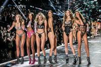 2018 Victoria's Secret Fashion Show #281
