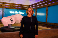 Stacks House - A Revolutionary Pop-Up Museum Promoting Women's Financial Literacy #16