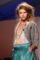 Thuy Fashion Show #6
