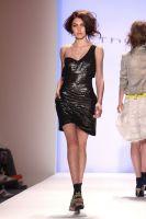 Thuy Fashion Show #7