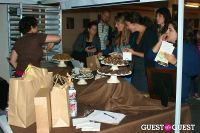 Art Walk and Cupcake Showdown #115