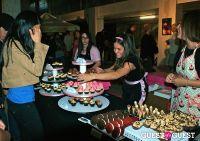 Art Walk and Cupcake Showdown #124
