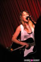 KT Tunstall at The Hotel Cafe #40