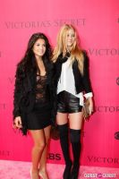 2010 Victoria's Secret Fashion Show Pink Carpet Arrivals #111