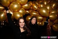 "MARTINI ""LET'S GO"" SPLASHING THE NYC SKY WITH GOLD BALLOONS #15"
