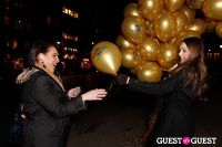 "MARTINI ""LET'S GO"" SPLASHING THE NYC SKY WITH GOLD BALLOONS #23"