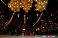 "MARTINI ""LET'S GO"" SPLASHING THE NYC SKY WITH GOLD BALLOONS #40"