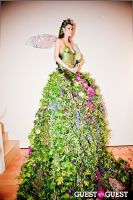 Living Art Presents: The Human Vase #1