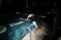 iSHOWMYSELF LOVES YOU : Nightswim #1