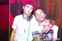 CLOVE CIRCUS @ AGENCY: DJ BIZZY #4