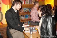 Spike Lee hosts Design for Obama Book Party #11