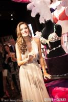 Victoria's Secret Angel Alessandra Ambrosio Reveals the Floral Fantasy Bra by Lodon Jewelers #4
