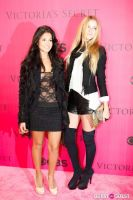 2010 Victoria's Secret Fashion Show Pink Carpet Arrivals #112
