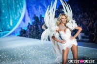 Victoria's Secret Fashion Show 2013 #384