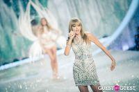 Victoria's Secret Fashion Show 2013 #379