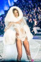 Victoria's Secret Fashion Show 2013 #408