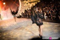 Victoria's Secret Fashion Show 2013 #308