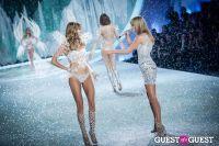 Victoria's Secret Fashion Show 2013 #374