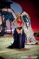 Victoria's Secret Fashion Show 2010 #25