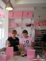 Georgetown Cupcakes Celebrates Airing of TLC Show 'DC Cupcakes' #1