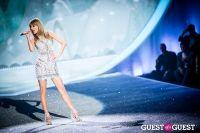 Victoria's Secret Fashion Show 2013 #345