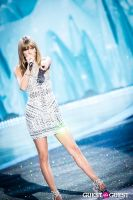 Victoria's Secret Fashion Show 2013 #351