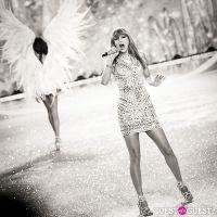 Victoria's Secret Fashion Show 2013 #418