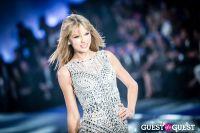 Victoria's Secret Fashion Show 2013 #432