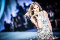 Victoria's Secret Fashion Show 2013 #422